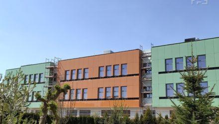 Budynek nowej szkoły przy ul. Berylowej