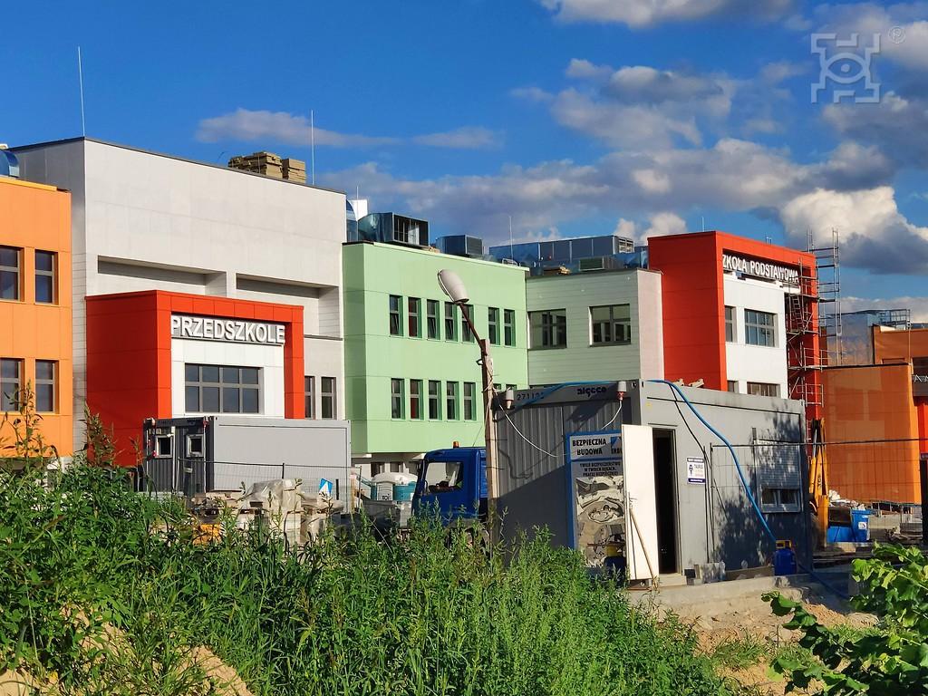 Trwa budowa dojazdu do nowej szkoły na ul. Berylowej 3